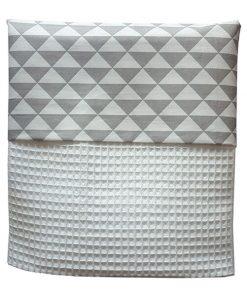 Ledikant deken driehoek grijs_wafelstof helderwit_ANNIdesign