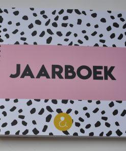 jaarboek_roze
