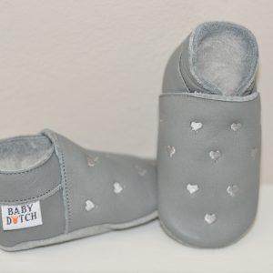 babyslofje grijs hartjes