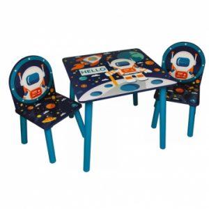 spacehoutentafelmetstoelen